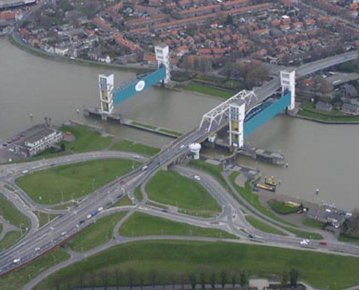 De Deltaroute: stormvloedkering Hollandse IJssel